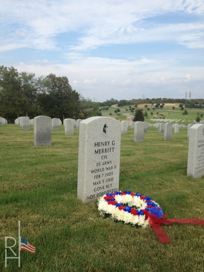 Product shot of a commitment wreath on a veteran's gravesite